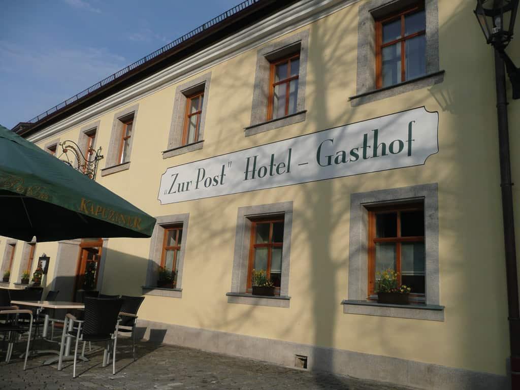 """Hotel Gasthof """"Zur Post"""""""