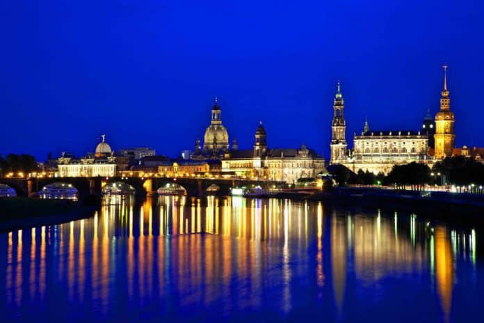 Dresden, Albertbrücke, Foto: Tourismusverband Sächsisches Elbland e.V.