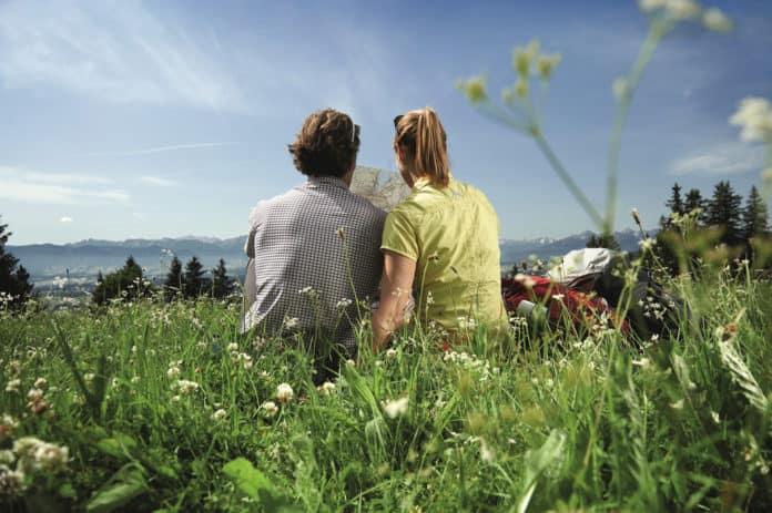 Wandertrilogie Allgäu - Ausruhen und Aussicht in der Allgäuer Landschaft genießen
