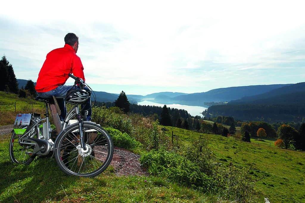 E-Biking mit tollem Ausblick