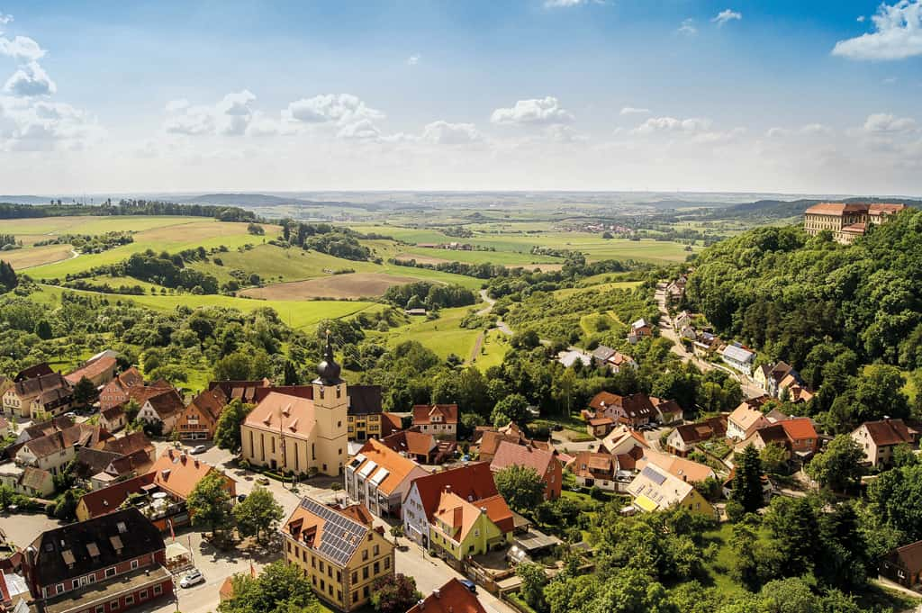 Schillingfürst: Schloss- und Wasserstadt auf dem höchsten Punkt der Frankenhöhe feiert 60 Jahre Stadterhebung