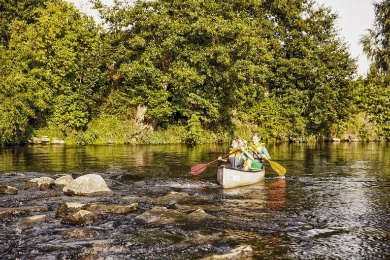 Boot Fahren Auf Dem Regen Nähe Blaibach © Tourismusverband Ostbayern E.V. Fotograf Andreas Meyer Klein