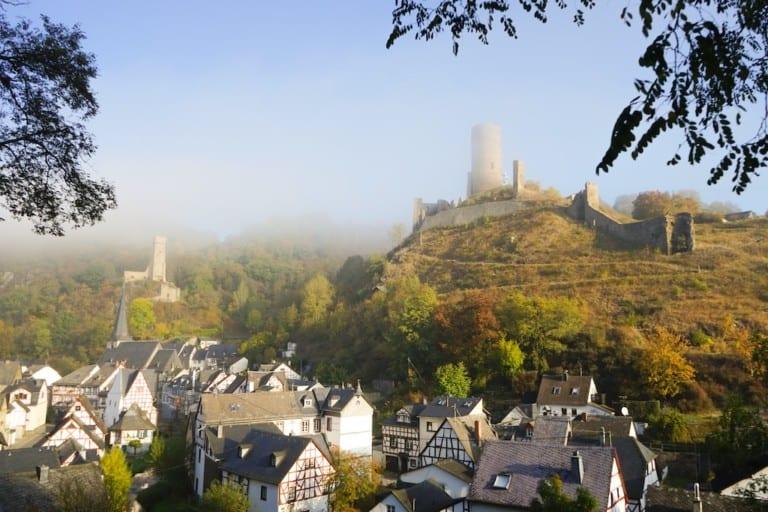 Das Fachwerkdorf Monreal In Der Vordereifel © Rheinland Pfalz Tourismus GmbH